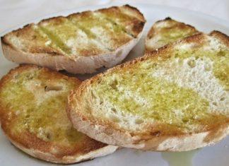 Knoflookbroodjes maken