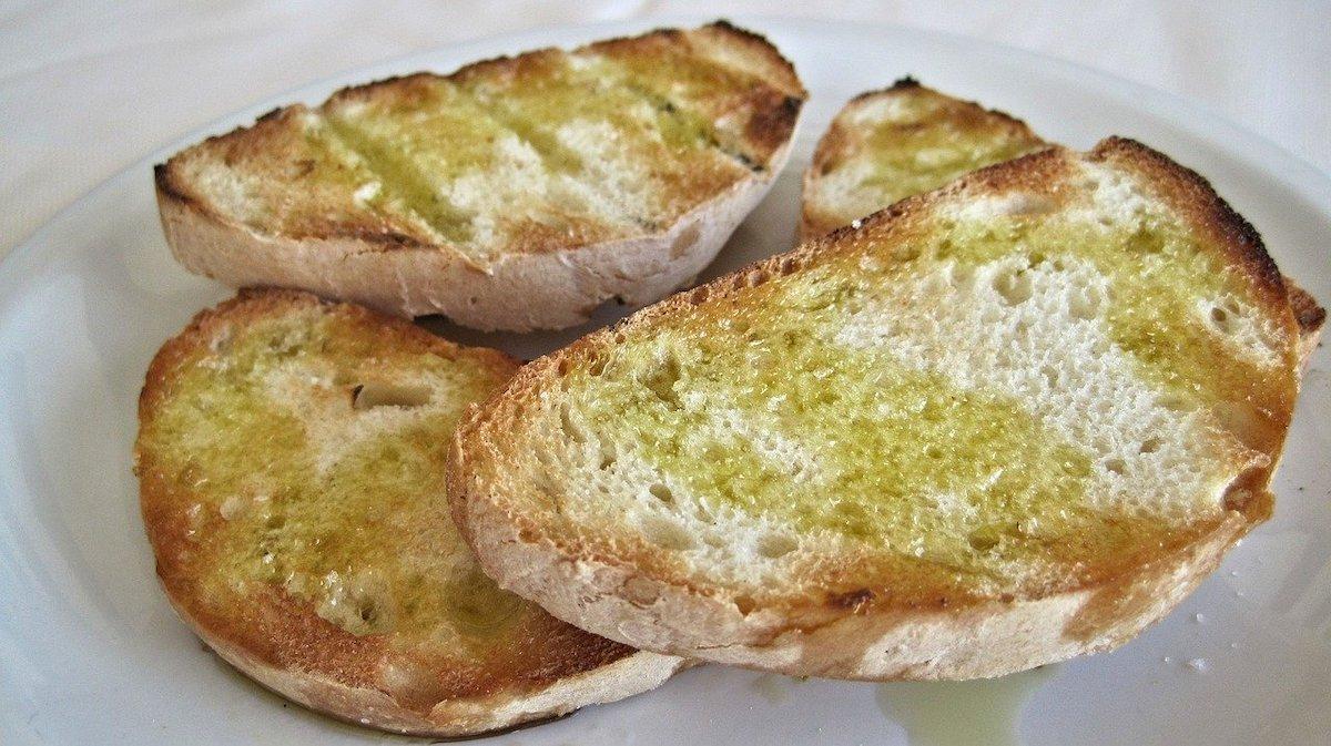 Knoflookbrood maken