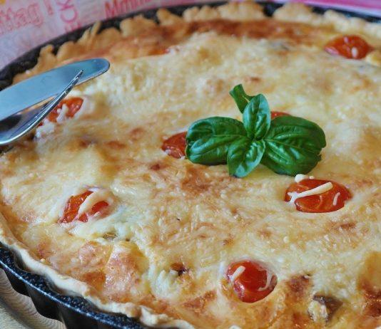 Kaasquiche met tomaat